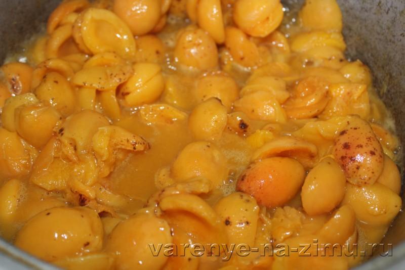 Джем из абрикосов простой рецепт на зиму с ванилью: фото 4
