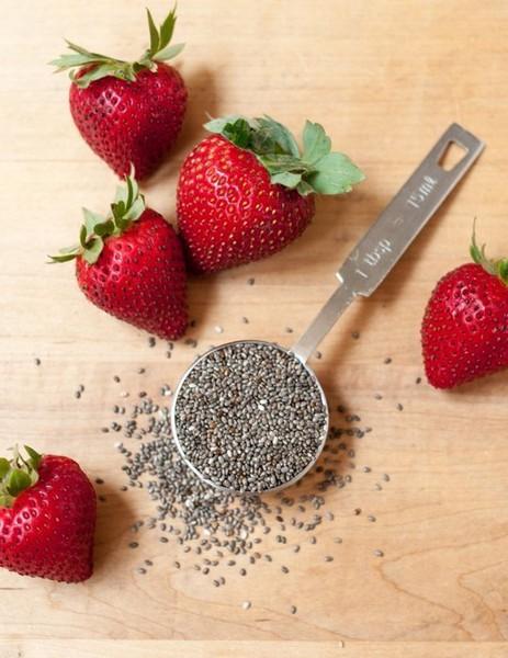 Клубнычный джем с семенами чиа без сахара: фото 1