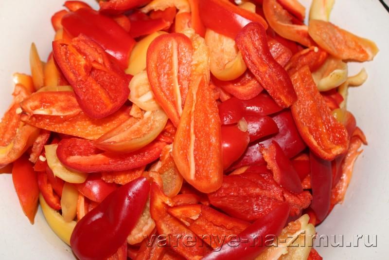 Лече без уксуса на зиму с маслом из пертса и помидоров: фото 3