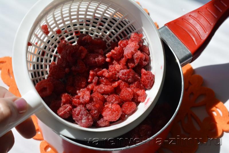Малиновый джем рецепт на зиму без косточек: фото 3