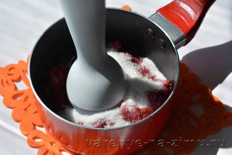 Малиновый джем рецепт на зиму без косточек: фото 7
