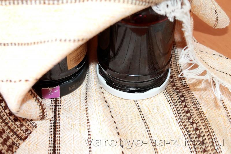 Варенье из черники с медом и коньяком: фото 13