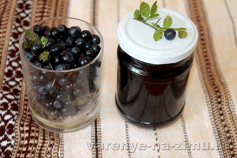 Варенье из черники с медом и коньяком