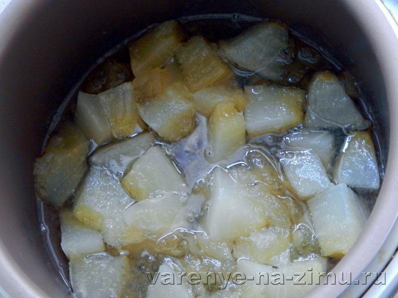 Варенье из дыны и яблок в мультиварке: фото 6