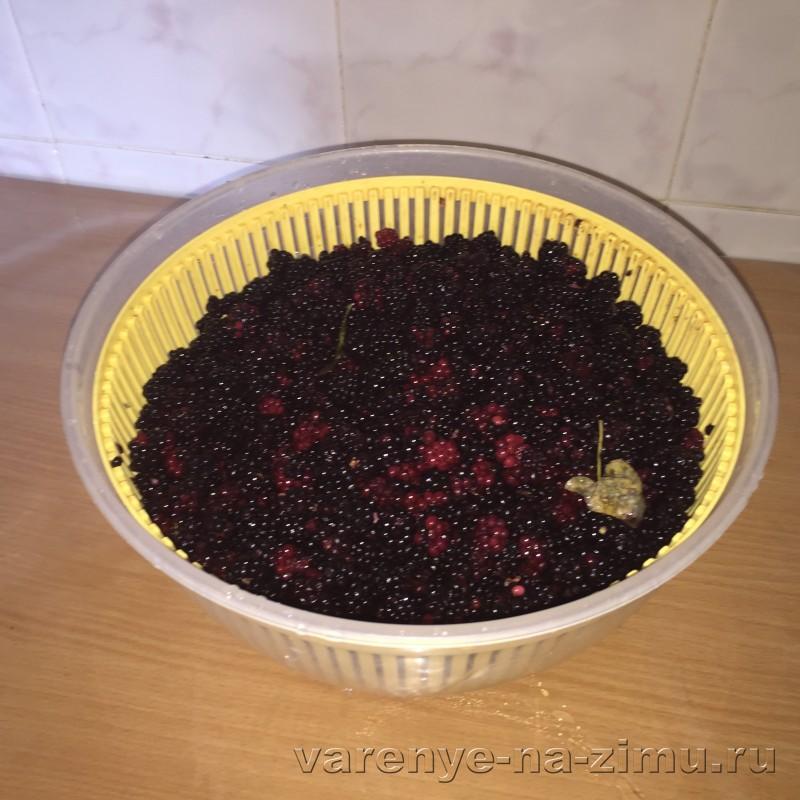 Варенье из ежевики с целыми ягодами густое: фото 1