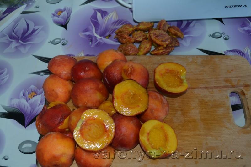 Варенье из персиков дольками пятиминутка без воды с лимоном: фото 2