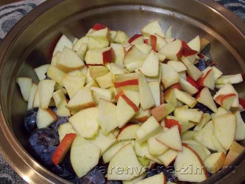 Варенье из яблок и слив: фото 2