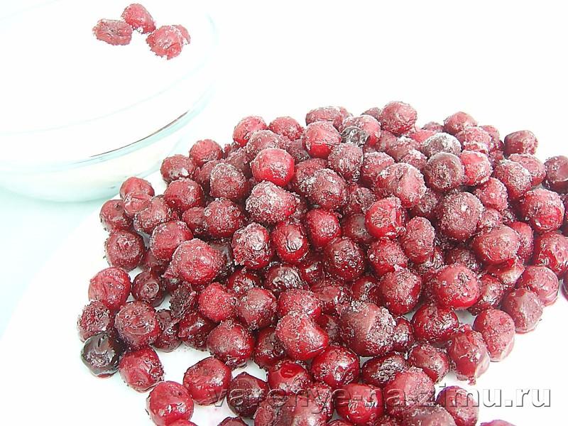Варенье из замороженной вишни без косточек: фото 2
