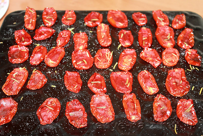 Вяленые помидоры на зиму в духовке: фото 12