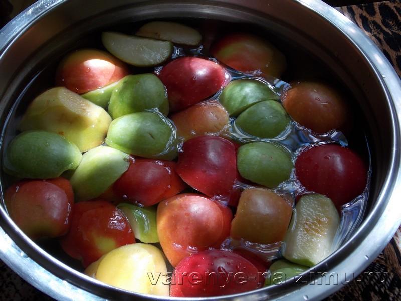 Яблочное варенье в мультиварке: фото 1