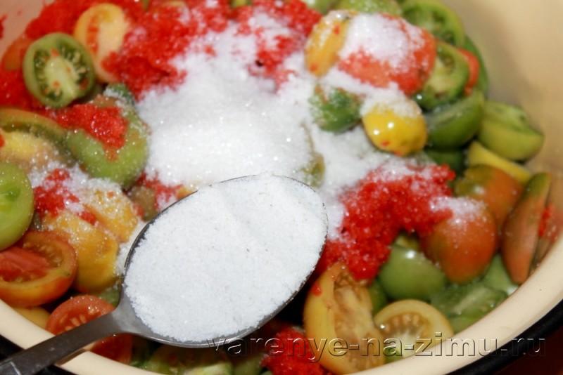Зеленые помидоры на зиму простой рецепт в банках: фото 13